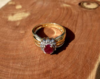 Ruby & Diamond  Ribbed Wide Band Style 14kt Ring