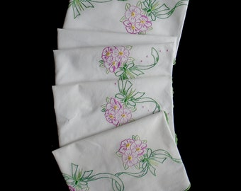Vintage handmade square tablecloth -- creamy white tablecloth with hand-embroidered flowers and scalloped edge -- 43x41 inches / 109x104 cm