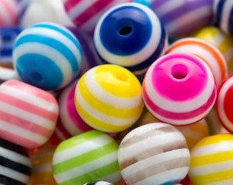 50 STRIPED Beads 8mm Round Resin