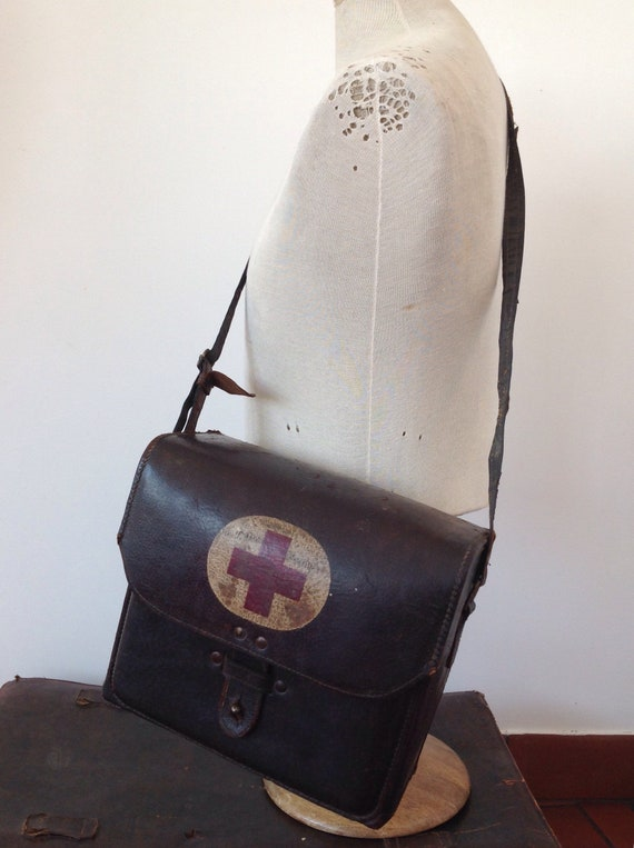 Vintage 1930s 30s 1940s 40s Chinese army brown leather nurses medical case shoulder bag military