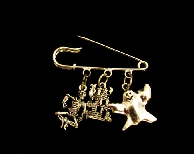 Halloween Themed Pin / Brooch