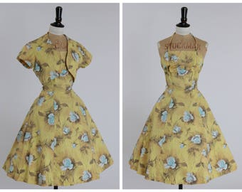 SALE!!! Vintage original 1950s 50s cotton dress in sunshine yellow with blue rose print UK 6 8 US 2 4 xs s