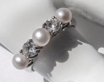 SaLe! sALe! Vintage Cultured Pearl Ring CZ Sterling Silver