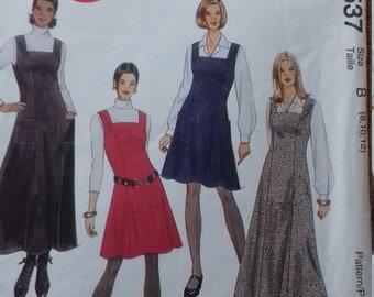 UNCUT McCalls 8537 Miss/Miss Petite Dress