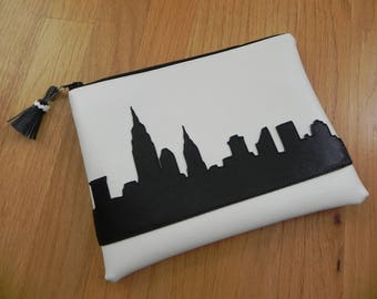 Black and white NYC bag
