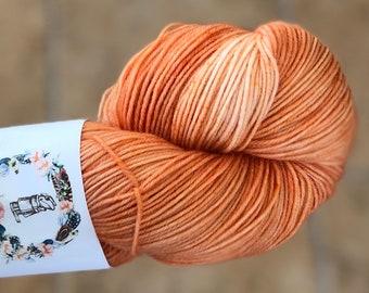 Hand Dyed Yarn,Jack Pumpkinhead, Fingering Weight,55 superwash/20 kid mohair/25 nylon,100 gram,indie dyed yarn,Halloween,Toad Hollow yarns