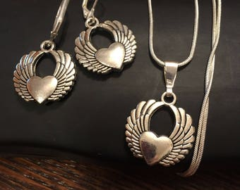 Winged Heart Jewelry Set