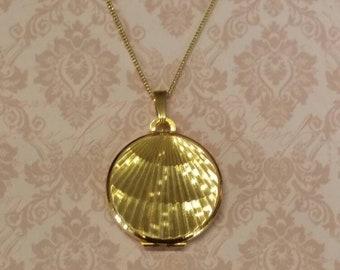 Vintage Gold Locket Round