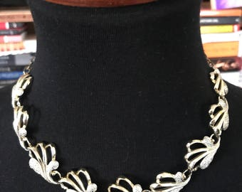 60's Sarah Coventry Gold and Silver Toned Scallop-linked Choker