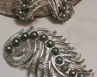 Sarah Coventry Brooch & Earring Set