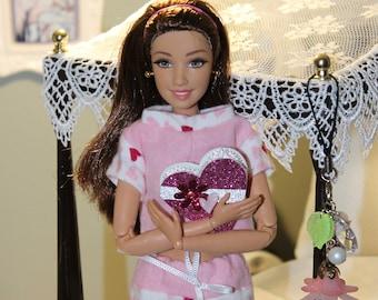 Valentines Day Pajamas and Bonus Candy Box for 11-12 inch fashion dolls