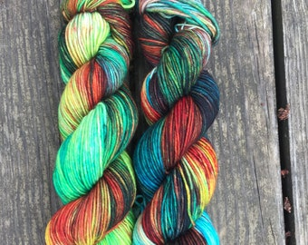 Jungle Sunset // Super Sheepy DK // Variegated Yarn // Kettle dyed Yarn