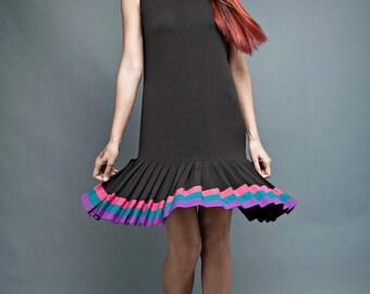 vintage 80s black dress drop waist colorful pleated skirt sleeveless M L medium large