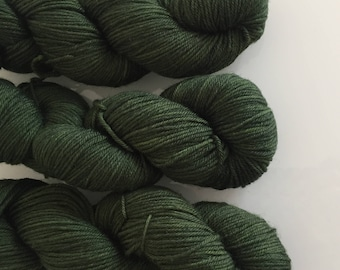Hand Dyed DK BFL yarn in colourway Mormont 100g