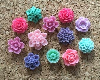 Flower Thumbtacks or Magnets Set of 12 - (#183) dorm decor, hostess gift, weddings, bridal shower, baby shower, gift, teacher gift