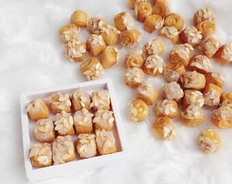 Miniature Almond Bread,Miniature Bakery,Miniature Sweet,Dolls house Bakery,Dolls house food,polymer clay,Miniature Jewelry,Miniatures DIY