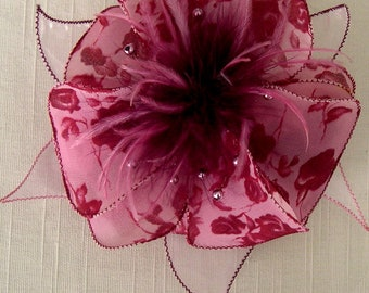 Flower brooch made of fabric, organza, feathers and pearls 085 *.
