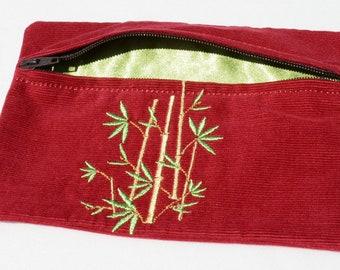 Bamboo zippered purse