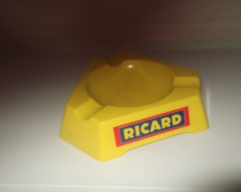 Bistro Français de cendrier Ricard