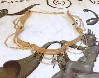 Vintage 60s 70s GOLD METAL Mesh Chain Belt / Gold Wide Swag Chain Belt s m