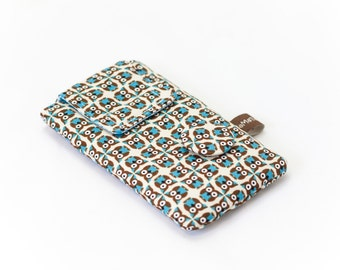 """Case for iPhone */iPod Touch */Smartphone """"Owl"""", creamwhite with owls in petrol and brown"""