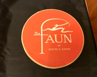 Faun orange Art Deco David & David blonde wig box