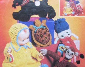 Vintage Patons Favorite Toys Knitting Pattern Book