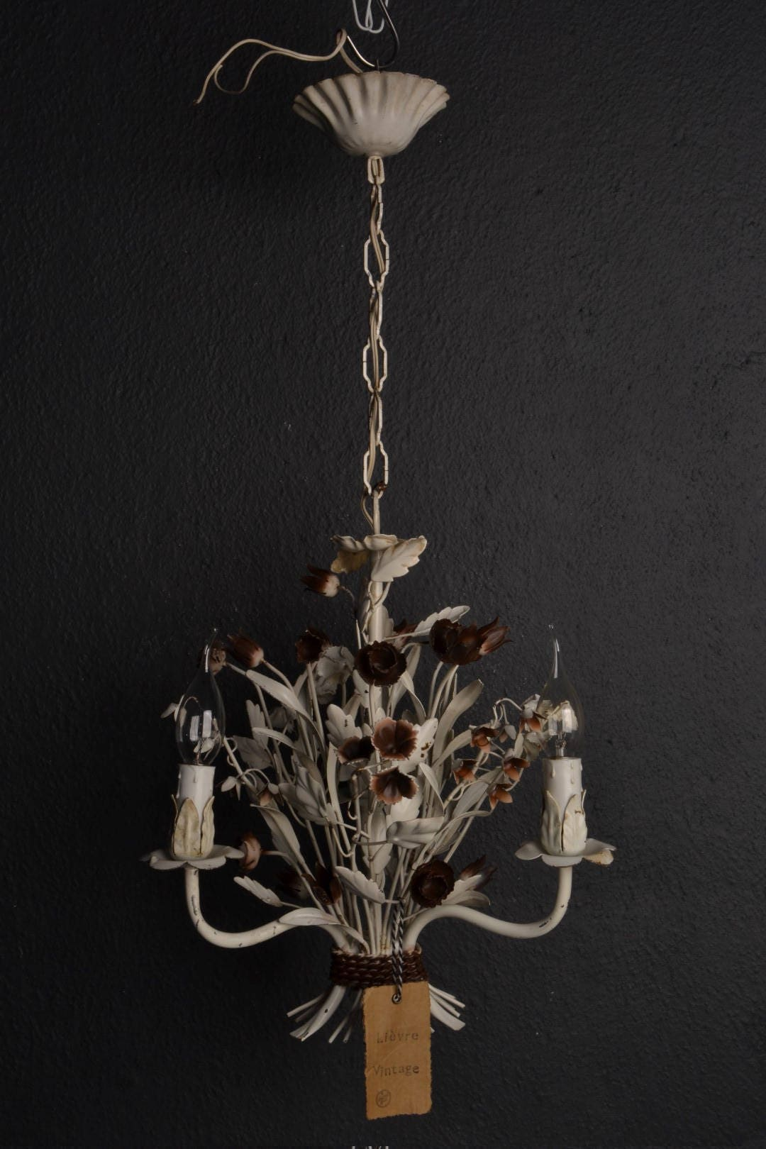White toleware flower chandelier with brown flowers arubaitofo Image collections