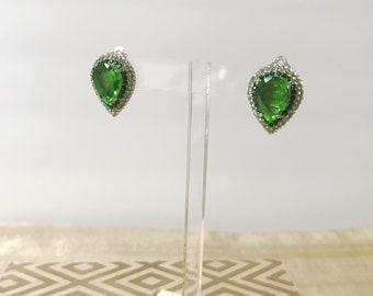Wow!! Vintage Green Teardrop 50's Earrings-RARE