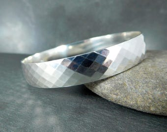 Diamond Pattern Silver Bangle, 10mm Wide Solid Sterling Silver Bracelet, Everyday Geometric Jewelry,  Simple Bracelet, Stacking Bracelet