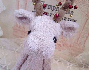 Sewing Pattern for 8 Inch Reindeer PDF File