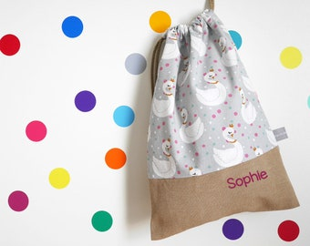 Customizable drawstring pouch - kindergarden - swan - crown - dots - gray - pink - white - green - school - cuddly toy - slippers - toys
