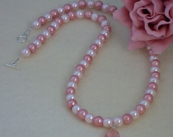 Light & Medium Pink Glass Pearl Necklace With Pendant   FREE SHIPPING