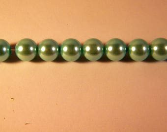 15 Pearly 10 mm light blue Pearl glass beads