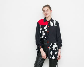 Vintage geometrical shirt . Red black white button up long sleeved ladies blouse . Abstract asymmetrical 90s shirt .