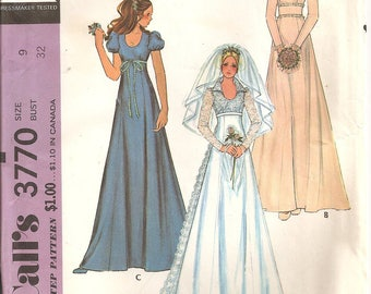Vintage 1970s McCall's Pattern 3370: Misses and Junior Bride and Bridesmaid Dress. Size 9, Bust 32. UNCUT