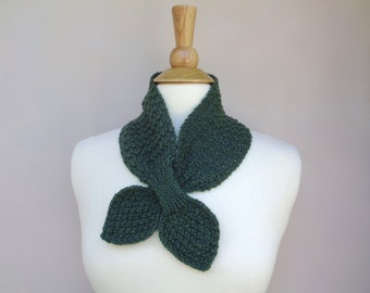 Forest Green Ascot Scarf, Cashmere Blend, Pull Through Scarflette, Neck Warmer, Cashmere Merino Wool, Hand Knit Scarf