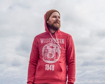 Wisconsin State Seal Red Hoodie. Retro Wisconsin Shirt Midwest Unisex Men's Red Hooded Sweatshirt with State Seal