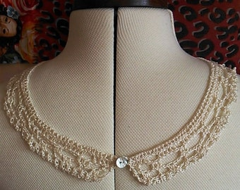 Little lacy crocheted Cream cotton collar