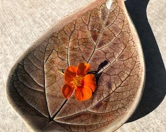 Large leaf dish