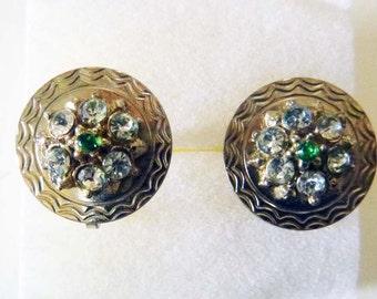 Nemo goldtone and rhinestone screw back disc earrings