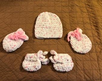 Baby Girl's Bootie set