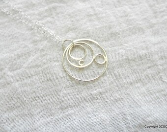 Sterling silver Geometric Circles Necklace in Celestial Design