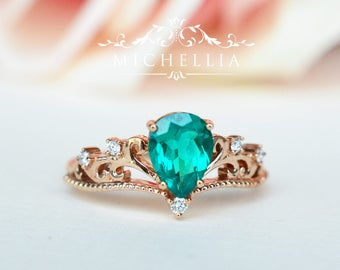 Vintage Pear Crown Ring in Lab Emerald, Lab Emerald Pear Engagement Ring Set, Available in 14K Gold, 18K Gold, or Platinum, R1004