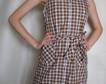 Kingham Brown & White Sleeveless 1960s Dress (UK Size 14)