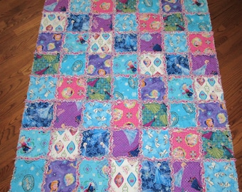 """FROZEN Fabric Rag Quilt Elsa Anna Olaf LARGE Child Size 45"""" x 51"""" Toddler Baby"""