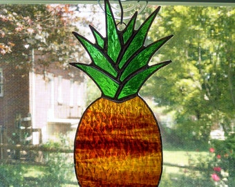 Pineapple Stained Glass Suncatcher - Pineapple Ornament - Housewarming Gift - Hostess Gift - Home Window Decor