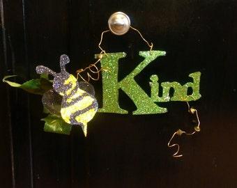 Glitterbit, Bee Kind! Glitter Gift Tag, A Glitter-Bit of Encouragement, Glitter sign, Beatitudes, handmade door hanger, cake topper