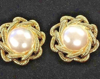 Vintage 1960's Shoe Clips Ornate Faux Pearl Gold Bluette Made in France