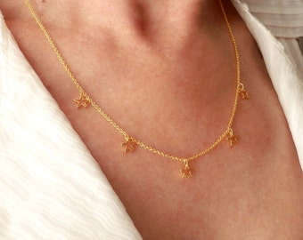 Small Gold Stars Necklace. Tiny Gold Plated Chain. Dainty Gold Plated Stars. Minimalist Jewelry. Simple Necklace. Stars Necklace.